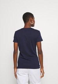 GAP - FRANCHISE FLORAL TEE - Print T-shirt - navy uniform - 2