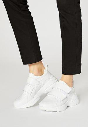Sneakers basse - blanc