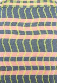 Diane von Furstenberg - SKIRT - Pencil skirt - pink - 2