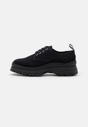 TRIP - Zapatos de vestir - black