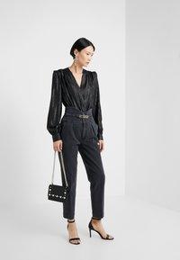 Pinko - ARIEL BUSTIER COMFORT - Slim fit jeans - black - 1