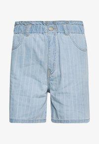 NMLYRA ELASTIC - Denim shorts - light blue denim