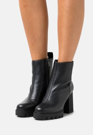 PLATFORM MID BOOT ZIP  - Platform ankle boots - black