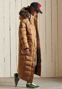 Superdry - EXPEDITION  - Winter coat - sandstone - 2