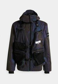 Calvin Klein Jeans - TECHNICAL 2 IN 1 UTILITY JACKET - Bodywarmer - purple/olive - 0