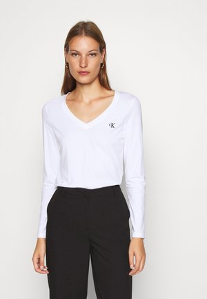 V NECK - Long sleeved top - bright white