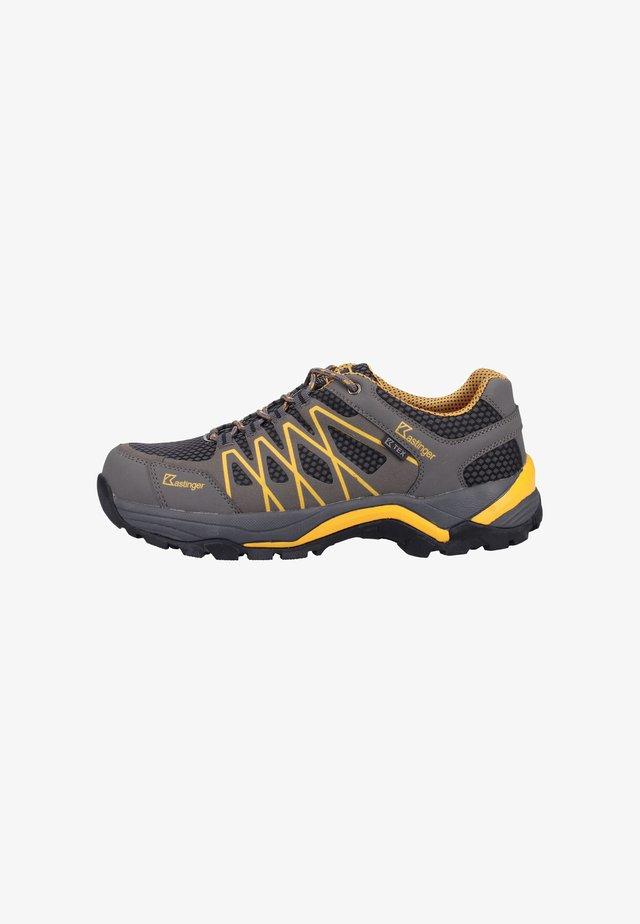 Trainers - dark yellow
