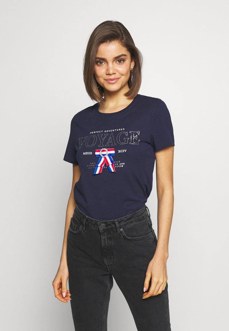 ONLY - ONLKITA LIFE - T-shirts med print - peacoat