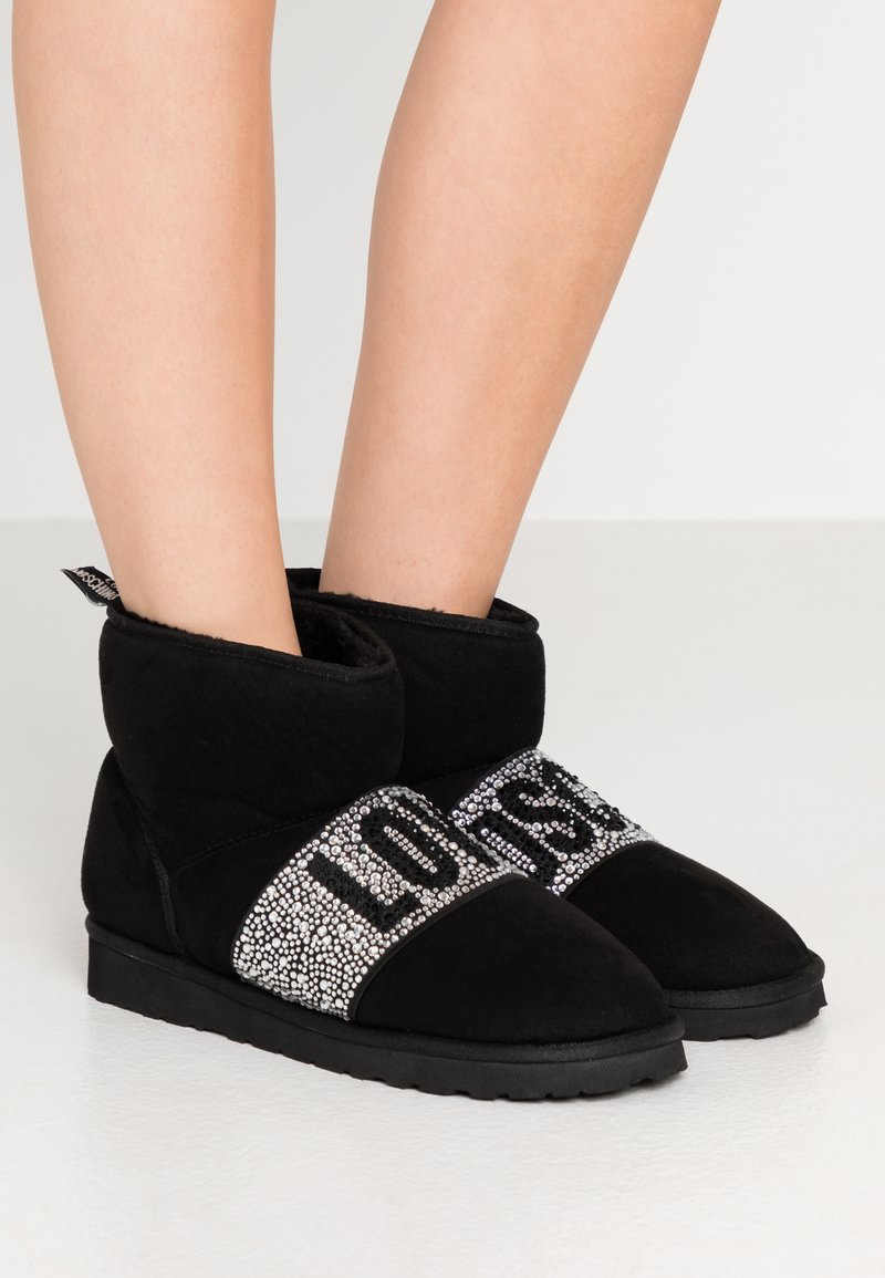 Love Moschino - WINTER LOVE - Classic ankle boots - black