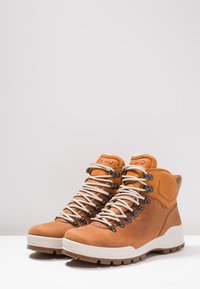 ECCO - TRACK 25 - Hiking shoes - brown - 2