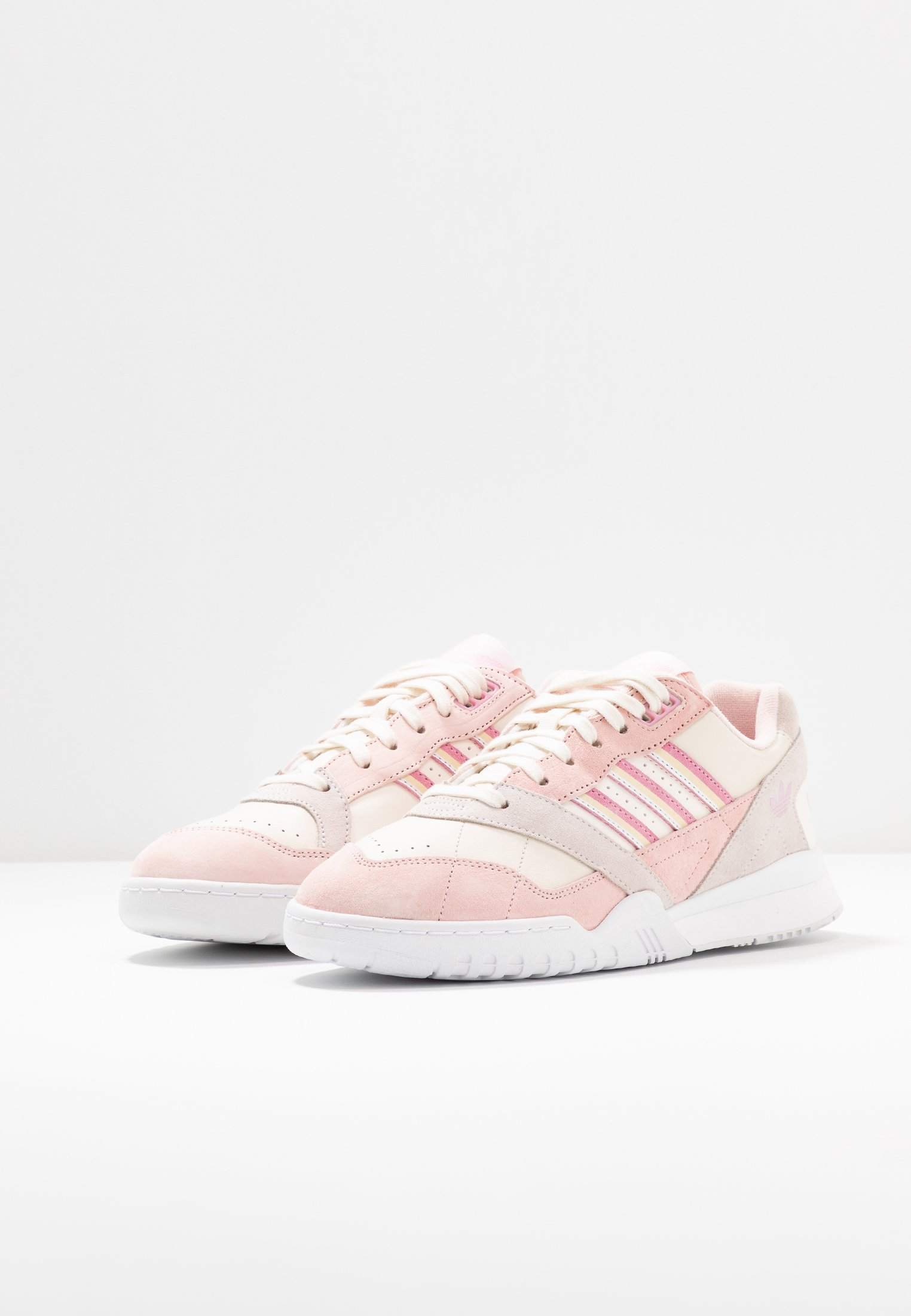 Adidas Originals A.r. Trainer - Sneakers Core White/true Pink/orchid Tint