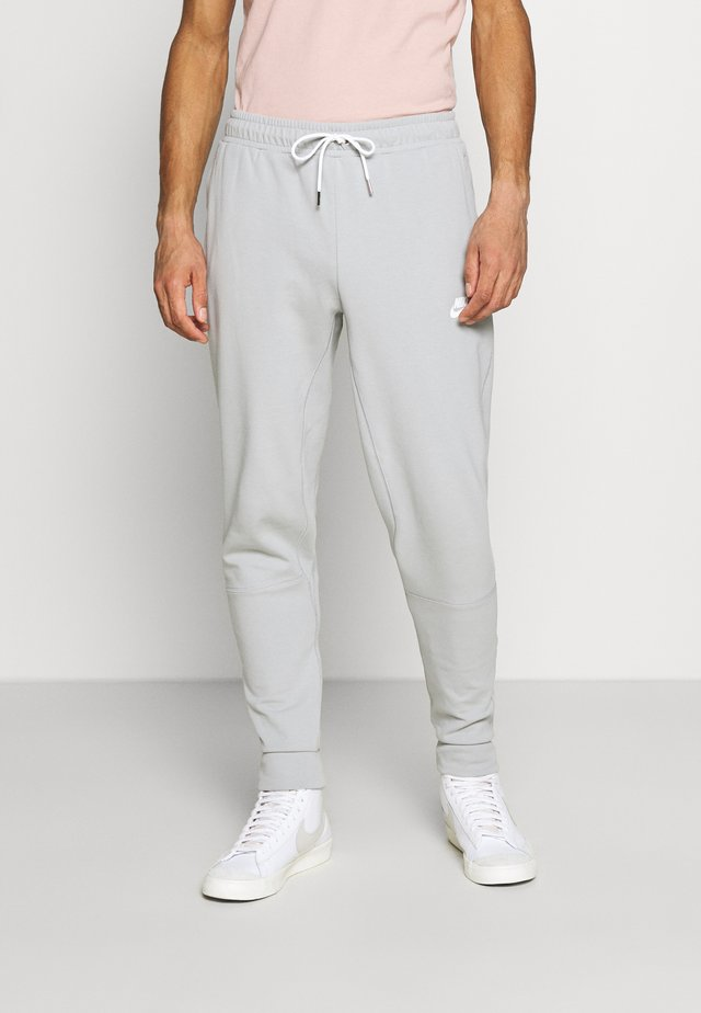 MODERN  - Tracksuit bottoms - light smoke grey