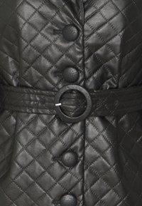 Fashion Union Petite - FINLO - Imitatieleren jas - black - 2