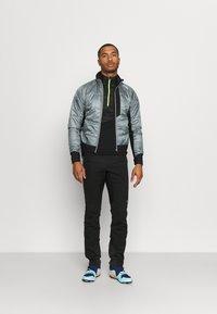 Gore Wear - WINDSTOPPER TRAIL PANTS - Pantalons outdoor - black - 1
