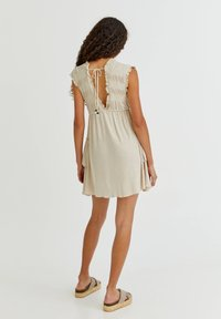 PULL&BEAR - Pletené šaty - mottled beige - 2