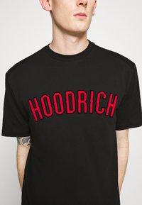 Hoodrich - DRIP - Print T-shirt - black/red - 5