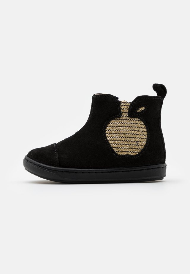 BOUBA APPLE - Botines - black/gold