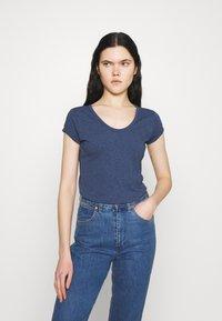 G-Star - CORE EYBEN SLIM - T-shirts - worn in kobalt - 0