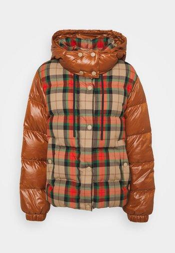VALICO - Down jacket - orange