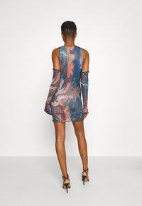 Jaded London - RUCHED SHIRT DRESS FAIRY STATUE PRINT - Tubino - multi - 2