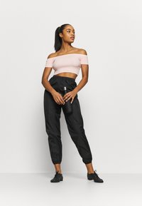 Capezio - CROPPED - Top - pink - 1