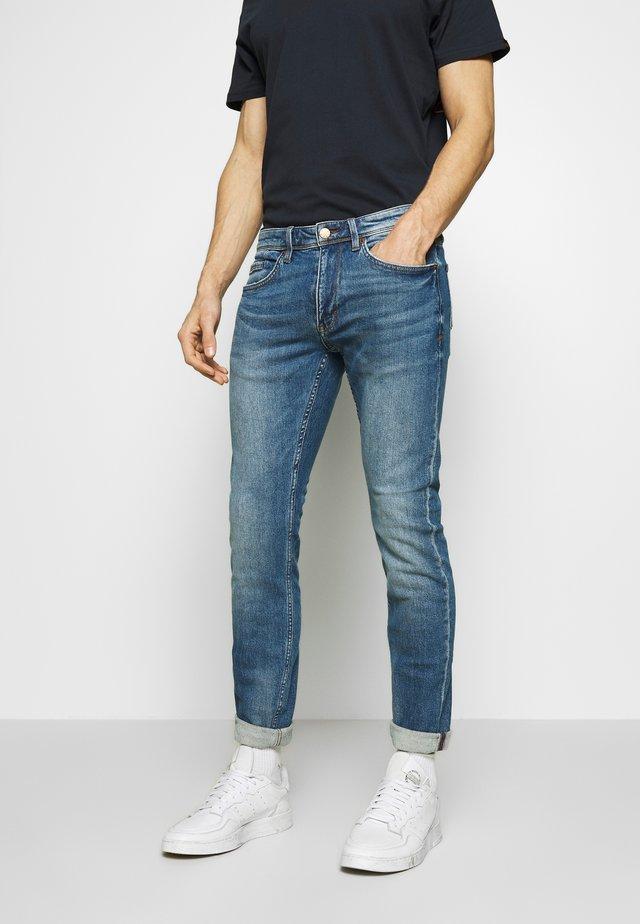 HOSE LANG - Jeans Slim Fit - blue