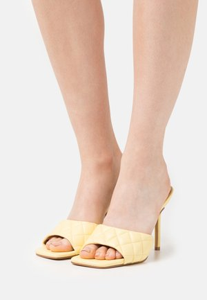 SIGNIFY - Heeled mules - yellow
