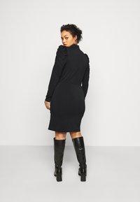 Vero Moda Curve - VMJAYDA SHORT DRESS BOO - Pouzdrové šaty - black - 2