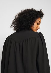 Vero Moda Curve - VMAYA - Button-down blouse - black - 4