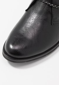 Marco Tozzi - Ankle Boot - black antic - 2