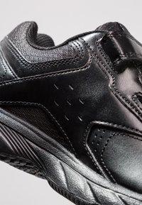 Reebok - WORK N CUSHION 3.0 - Neutral running shoes - black - 5