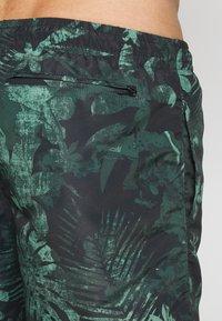 Urban Classics - JUNGLE FLOWER SWIM 2 PACK - Shorts da mare - olive/black - 5