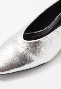 co wren - Klassiske pumps - silver - 2