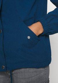 JDY - JDYNEWHAZEL SHINE JACKET - Summer jacket - poseidon - 4