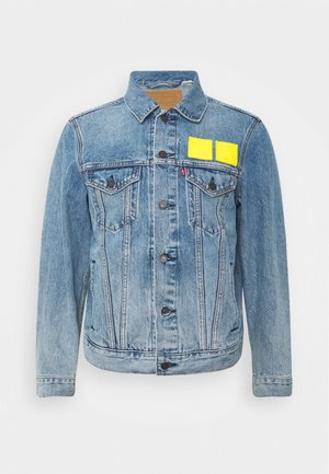 LEVI'S® X LEGO VINTAGE FIT TRUCKER UNISEX - Denim jacket - blue denim