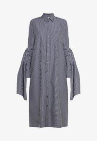 MM6 Maison Margiela - Maxi šaty - black/white - 6