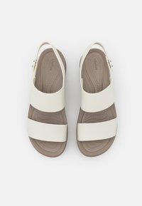 Crocs - BROOKLYN LOW WEDGE - Platform sandals - oyster - 5
