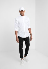 Polo Ralph Lauren - NATURAL SLIM FIT - Shirt - white