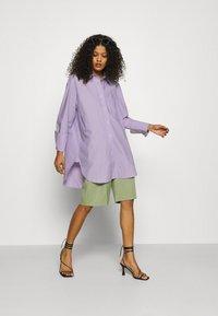 ARKET - SHIRT - Button-down blouse - purple stripe - 1