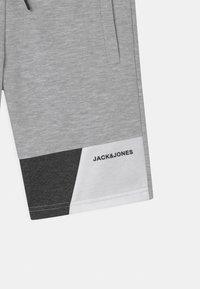 Jack & Jones Junior - JJIMARS  - Shorts - light grey melange - 2