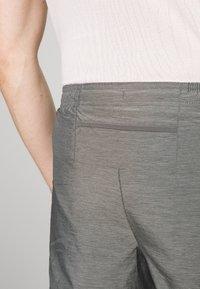 Nike Performance - SHORT - Sports shorts - iron grey - 3