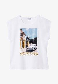 LIU JO - WITH PRINT AND APPLIQUÉS - Print T-shirt - white - 4