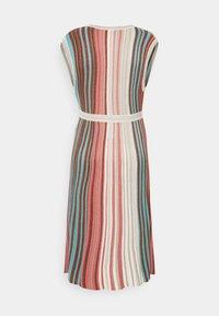 comma - Jumper dress - metallic red - 1
