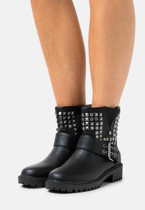 ZURIE - Kovbojské/motorkářské boty - noir