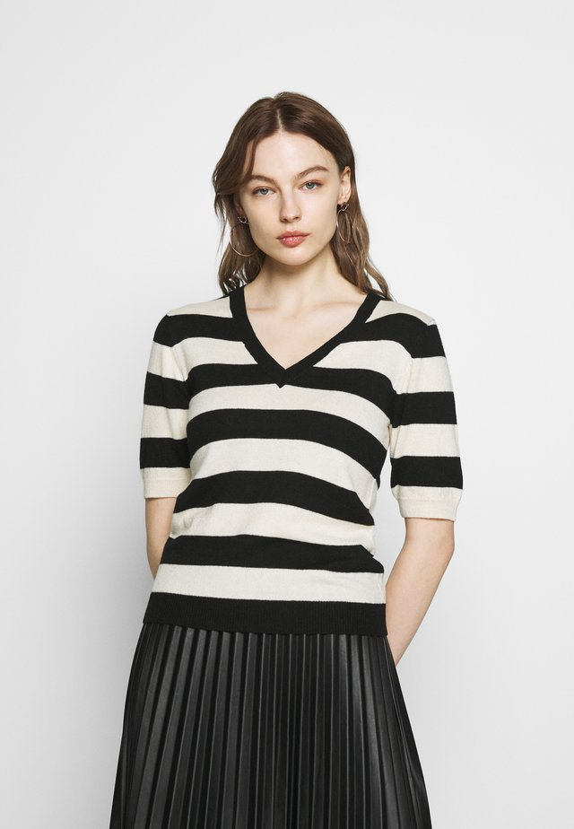 SLFPEYTON V NECK - T-shirt print - black/birch