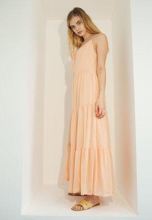 Maxi šaty - pfirsichgelb