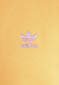 adidas Originals - ESSENTIAL HOODY UNISEX - Sweat à capuche - hazy orange - 6