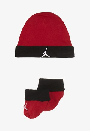 BASIC HAT BOOTIE SET  - Gorro - gym red