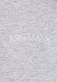 BDG Urban Outfitters - ZIP UP HOODIE UNISEX - Felpa con zip - grey - 2