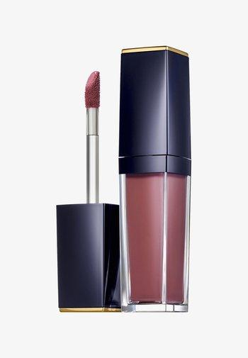 PURE COLOR ENVY PAINT-ON LIQUID LIPCOLOR - MATTE - Liquid lipstick - 401 burnt raisin